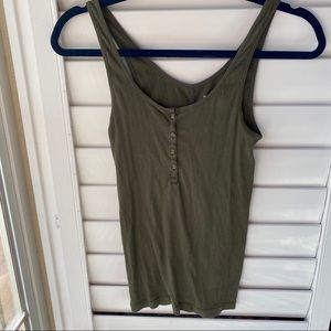 Old navy green cute button tank top